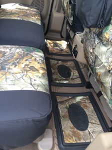 2004 excursion - realtree xtra/black dura - design