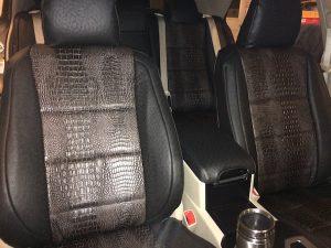 2012 Camry - Ebony Croc/Black Ostrich - detail passenger